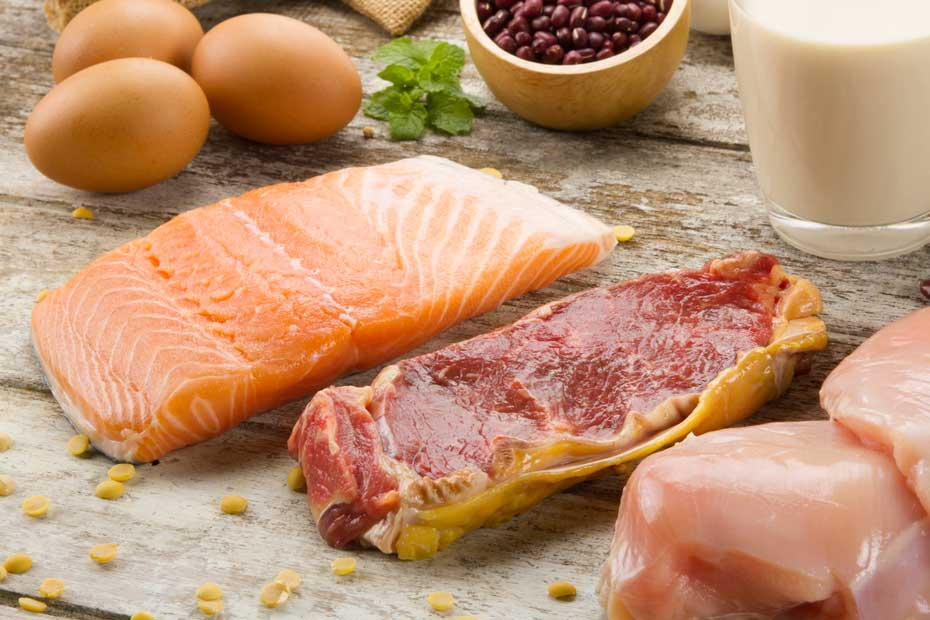 Fish, chicken, meat, eggs, coffee, and milk are all good sources of niacin and niacinamide.
